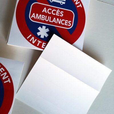 Stickers de stationnement interdit – Accès ambulances